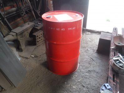 ドラム缶が・・・
