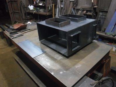 オーブン付き薪ストーブ 小鉄 制作中