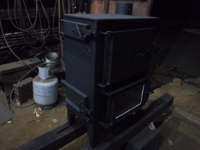 9ミリで作る特注オーブン付き薪ストーブ チビ 完成