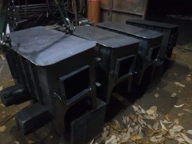 オーブン付き薪ストーブ チビ 完成間近