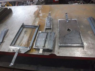 オーブン付き薪ストーブ制作中